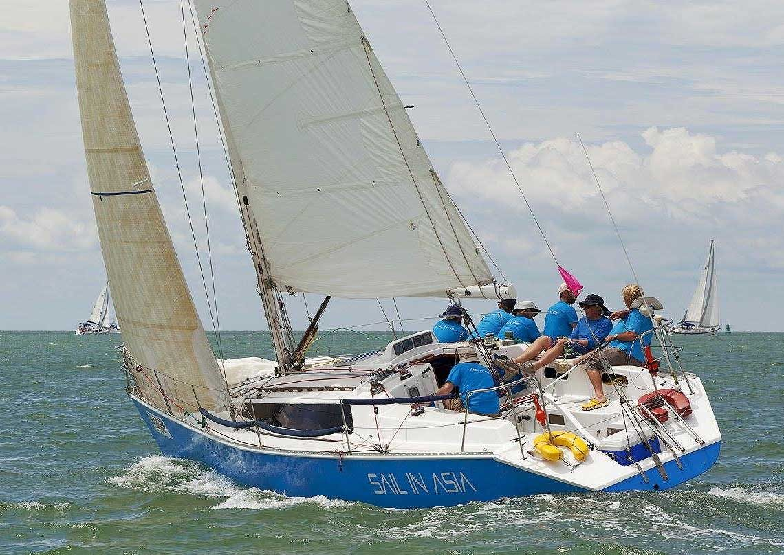 piccolo-racing-charter